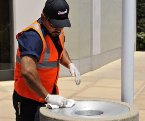 USS worker providing day porter service at a commercial location