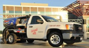 Parking lot sweeping in Roseville, CA by Universal Site Services.
